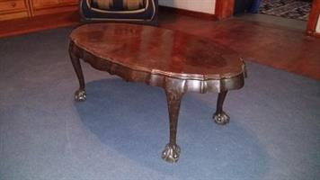 Antique oval coffee table ball & claw