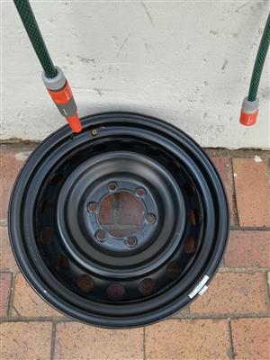 17 inch Prado Steel Spare wheel in very good condition R1500
