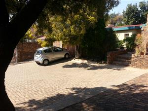 Very secure Cluster home in Pta East for rent