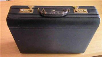 Bushby Business mens Lether Handbag