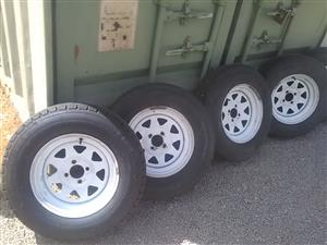 """5 off 14"""" Pro whites with tyres"""