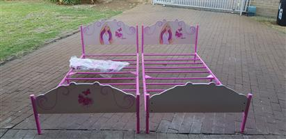 2xBarbie Beds with sides & 4 mattresses