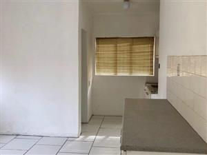 Blue Hills garden cottage to rent for R3350