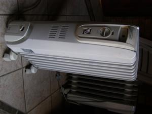 De Longhi 7 fin oil heater