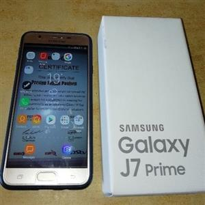 Selling My 4month Old Samsung J7