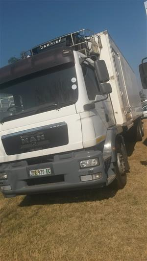 RELIABLE TRUCKS AND TRAILERS......CALL 0643937859