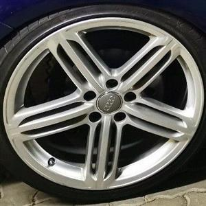 """Wanted 19 """" AUDI SPEEDLINE MAG X1 or X2"""