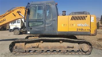 Hyundai 210LC-7 Excavator