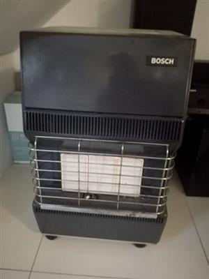 Gas heater with 9kg gas bottle