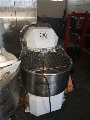 120L Macadams Dough Mixer