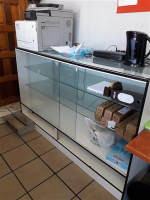 Glass Display Cabinet with 2 glass shelves