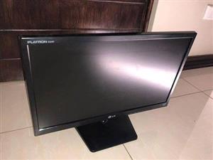 22 inch LG flatron monitor