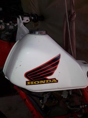 1983 Honda xl 600 fuel(fuel) tank