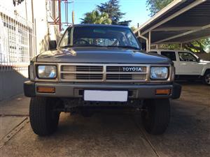 1989 Toyota Hilux double cab HILUX 2.4 GD 6 RB S P/U D/C