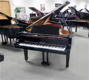 Yamaha C2 Grand Piano Black Polish