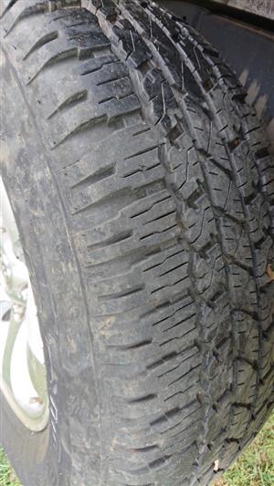 Bridgestone 265/65/17 all-terrain tyres