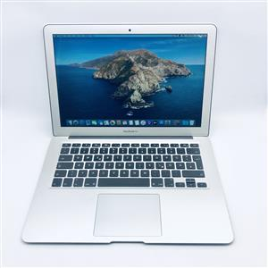 Apple MacBook Air 13-inch 1.8GHz Dual-Core i5 (256GB, Silver) - Pre Owned