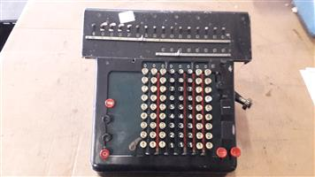 MADAS CALCULATING MACHINE