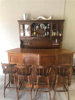 Bar unit and chairs
