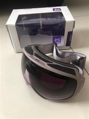Ski Goggles including gloves