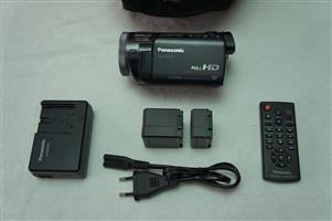 Panasonic HDC-TM700 Handycam with mic input