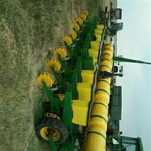 9 row john deere planter