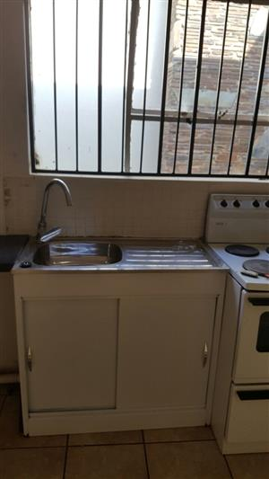 1 barchelor garden flat for rent in Pretoria Gardens
