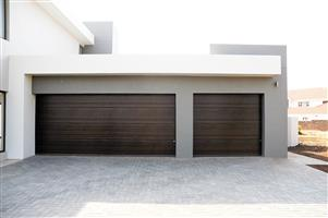Insulated steel garage doors in Fourways