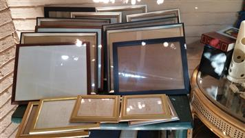 17 OFF ASSORTED PICTURE FRAMES FOR SALE IN MONTGOMERY PARK