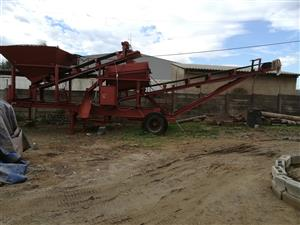 SCREENING PLANT FOR SALE