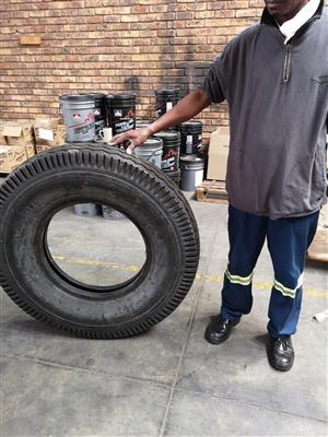 Truck tyres new - size 900-20 PR 14