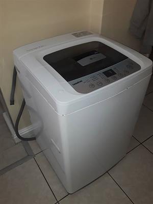 LG fuzzy 8.2kg washing machine