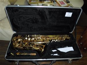 Crystal USA Saxophone