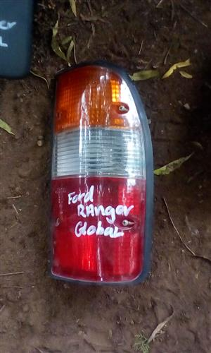 2003 FORD RANGER RIGHT TAILLIGHT - USED GLOBAL