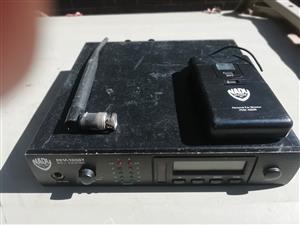 Wireless inear monitor system Nady pem 1000T