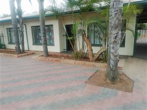 Spasious 3 Bedroom House.Including W&L and DSTV Premium.Pta North