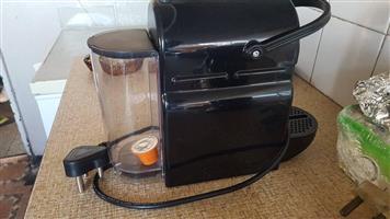 Nespresso machine/beans grinder