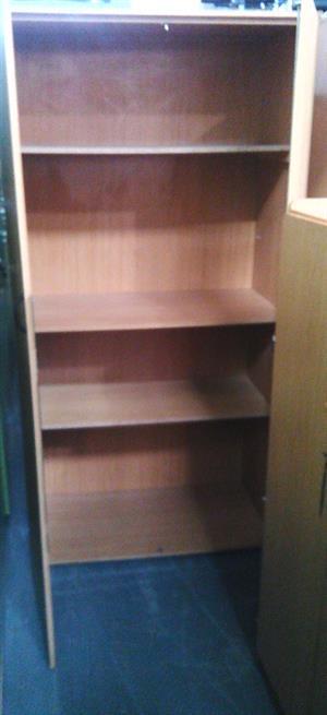 Oak 2 Door with 3 shelves