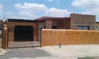 House to let, Eldorado Park Ext7