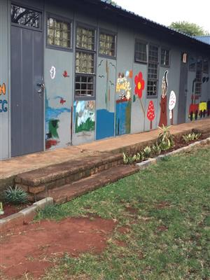 I am selling school in Pretoria north for 3,5 million