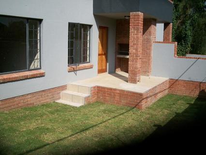 1 Bedroom with garden to rent in Ferndale Randburg