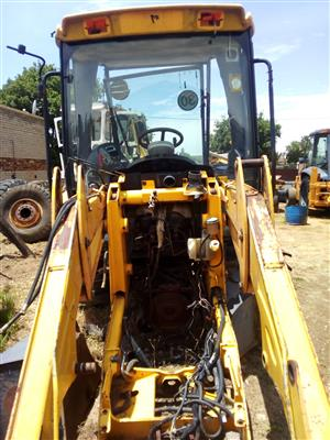 JCB 3cx 4x4 STRIPPING FOR SPARES