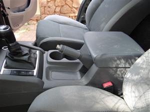 Centre Console with arm rest - VW Amarok