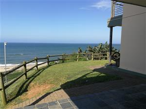 On the Beach, Ground Floor Townhouse in Winklespruit – R 9 000