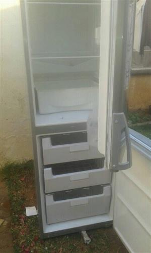 I'm selling my fridge