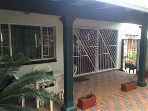 Fully Furnished Garden Cottage - Edenvale