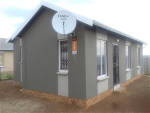 Neat newly build house for SALE in Savannah City ext 1 with 3 bedrooms, 2 bathrooms
