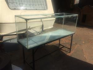 5ft fish tank with stand