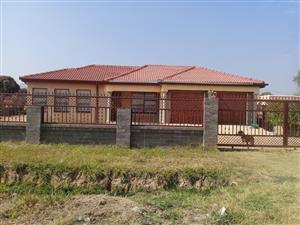 House for Sale R500 000 negotiatable