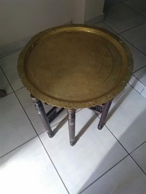 Table / Table stand - Wooden table with removable brass top